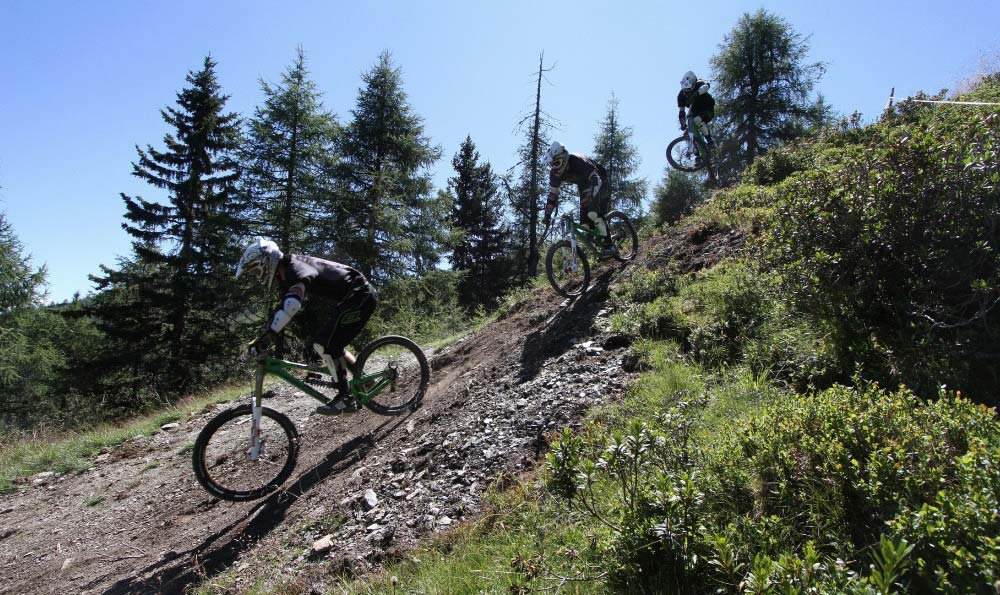 Mountain bike nell'area vacanze Plan de Corones