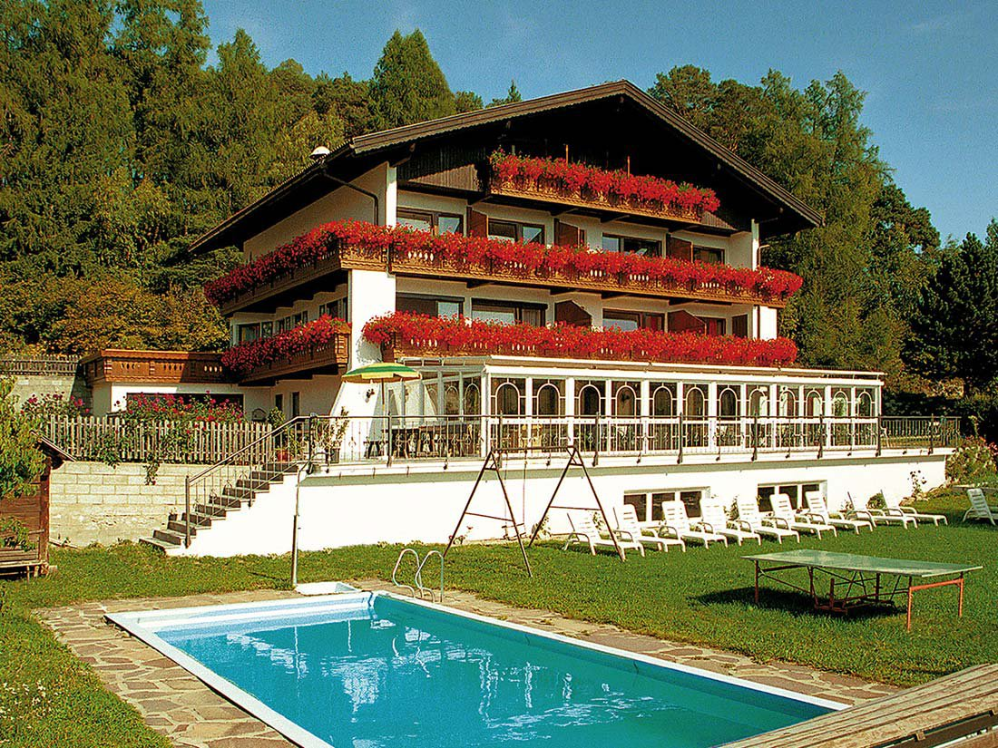 Pension Edelweiss: spa area and winter garden