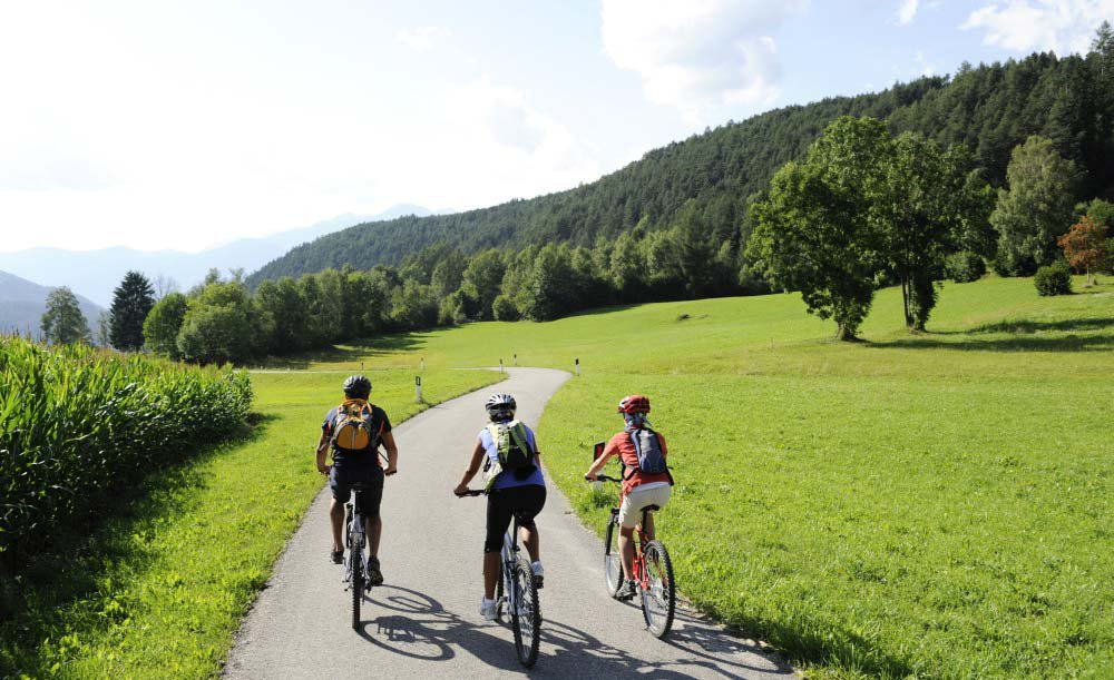 Escursioni, mountain bike e nuoto in Val Pusteria